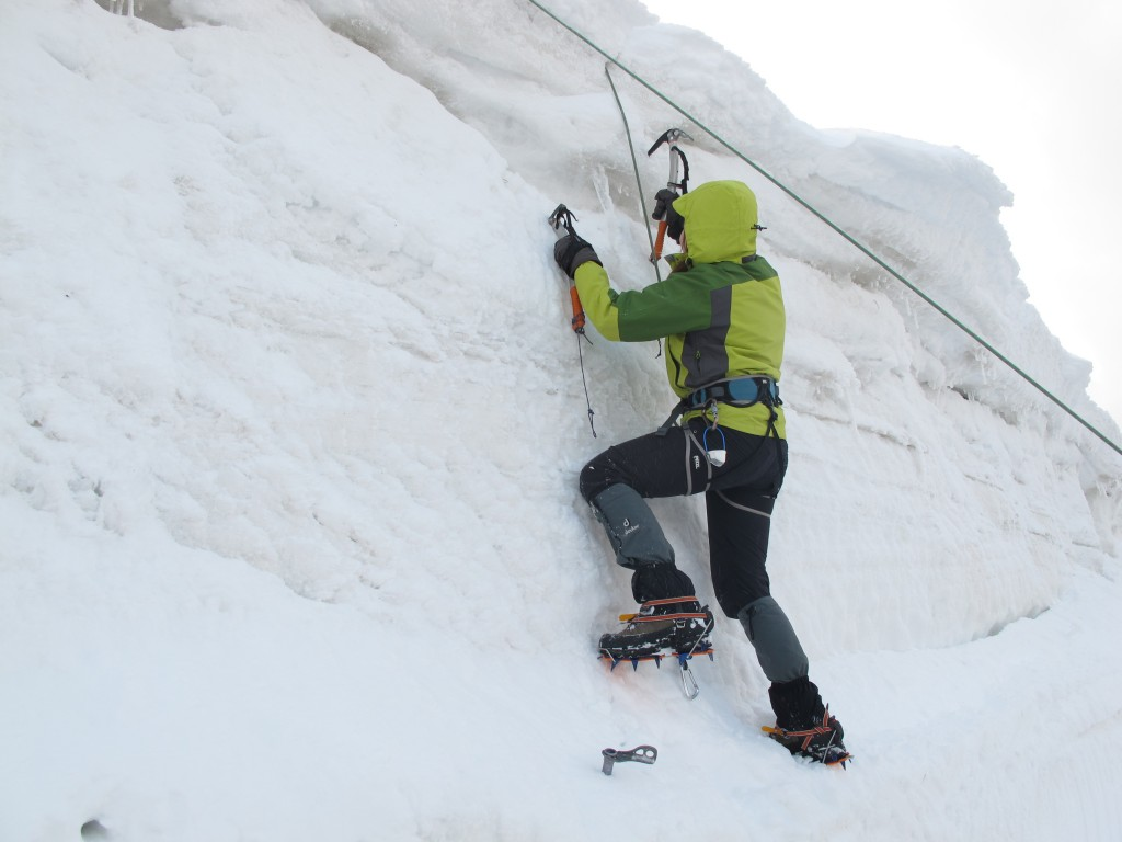 Korniş Çalıştığımız Buz Kütlesi